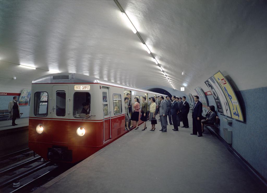 лиссабонское метро, станция Салданья. конец 50-х. Фонд Галуста Гульбенкяна, Estúdios Horácio Novais