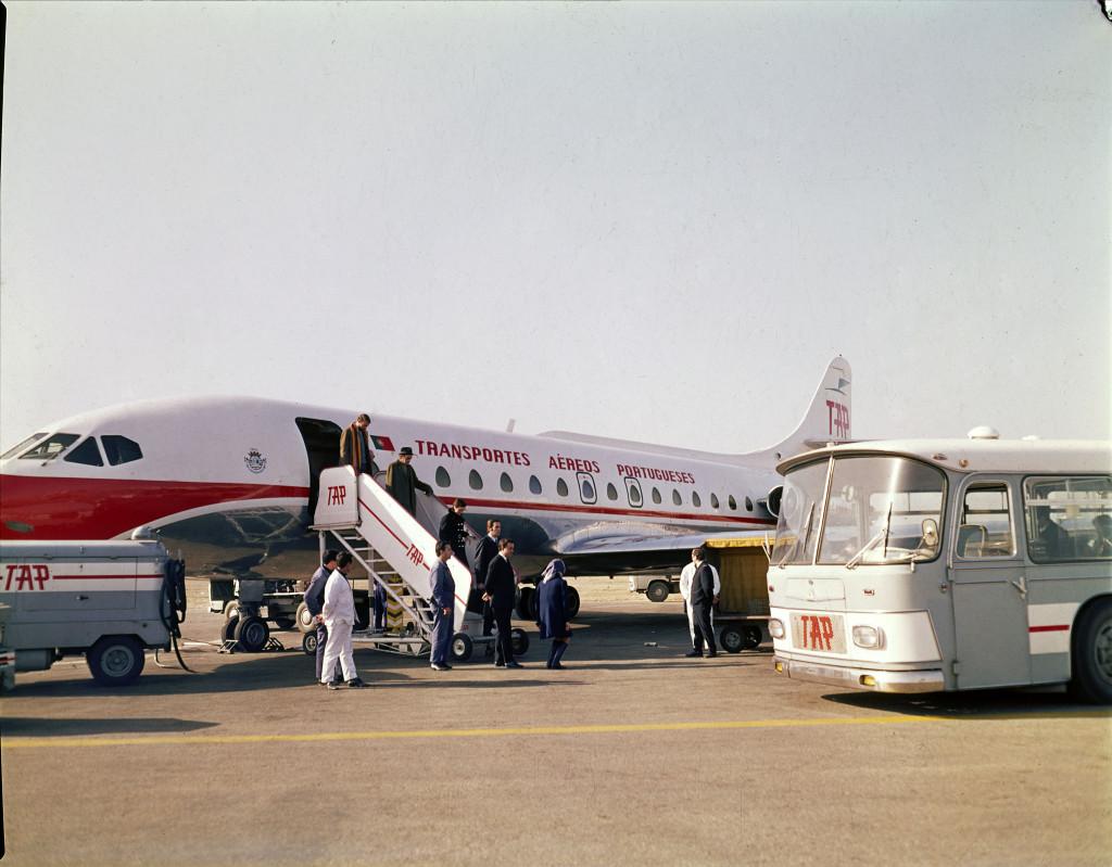 самолёт Caravelle SE 210 авиакомпании TAP, 60-е годы. коллекция Фонда Гульбенкяна, Estúdio Horácio Novais